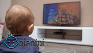 نوزاد و تلویزیون؛ تاثیر تماشای تلویزیون، موبایل و کامپیوتر بر نوزاد