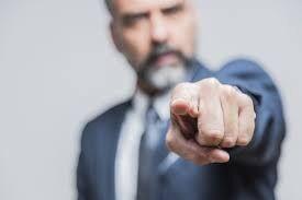 ۵ رفتار اشتباهی که در ارتباطات با دیگران انجام میدهیم