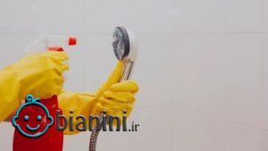 ۶ مرحله برای تمیز کردن سر دوش