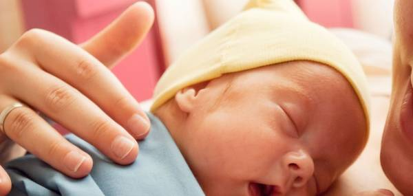 تغذیه نوزادان نارس