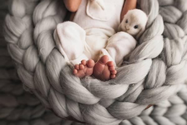 پوشک نوزاد