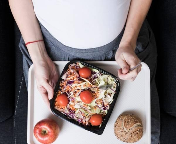 زیاد خوردن در بارداری