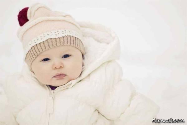 نحوه صحیح لباس پوشاندن به نوزاد